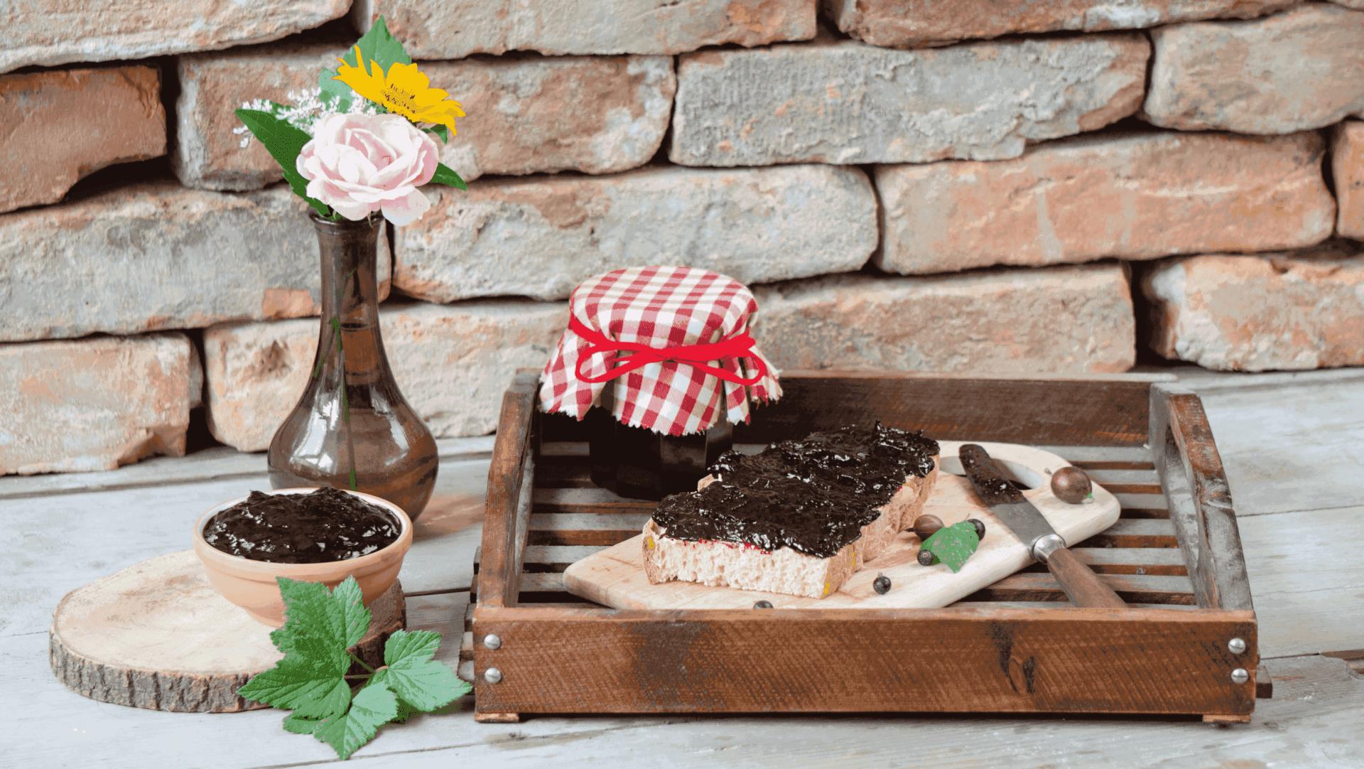 Schwarze Johannisbeer-Stachelbeer-Marmelade