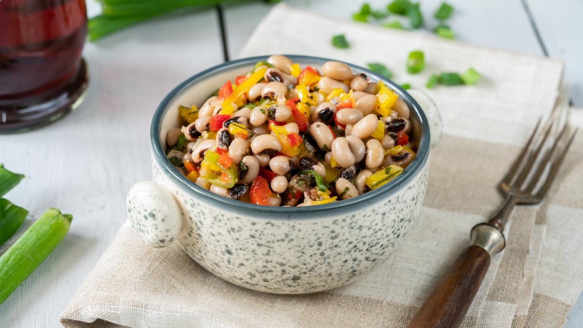 <b>Rezept:</b> Salat mit Augenbohnen
